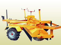 road sweeping machine,hydraulic road sweeping machine manufacture in Ahmedabad,Gujarat